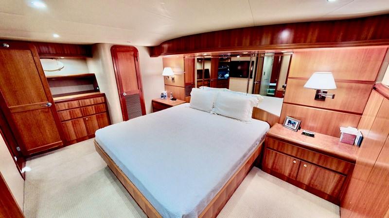 2004 WEST BAY  Motor Yacht 2786839