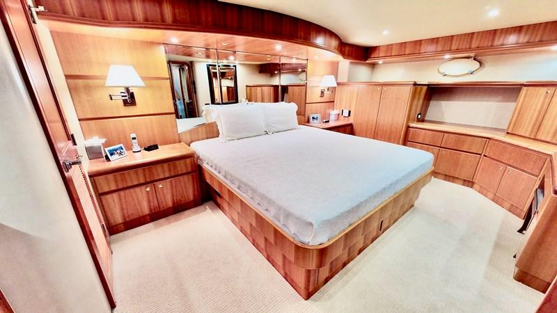 2004 WEST BAY  Motor Yacht 2786840