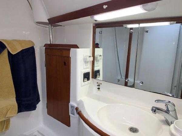 7292187_20191122100920814_1_XLARGE 2000 BENETEAU  Cruising Sailboat 2774806