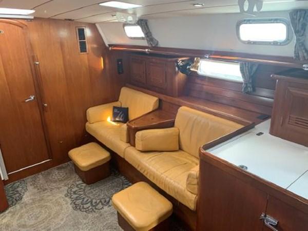 7292187_20191122101255375_1_XLARGE 2000 BENETEAU  Cruising Sailboat 2774816