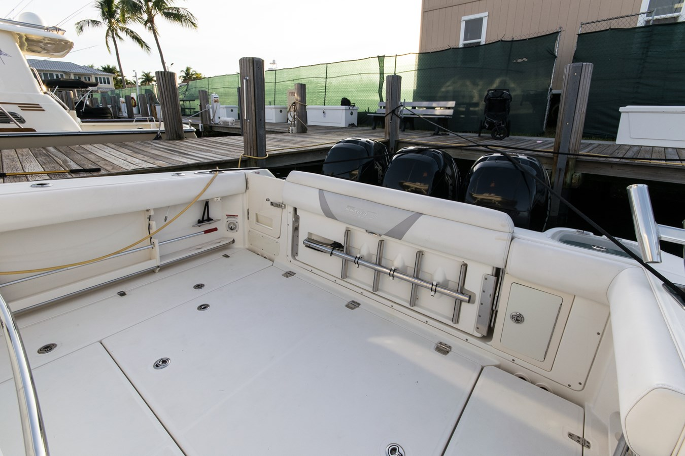 21 2011 BOSTON WHALER Outrage Center Console 2776568