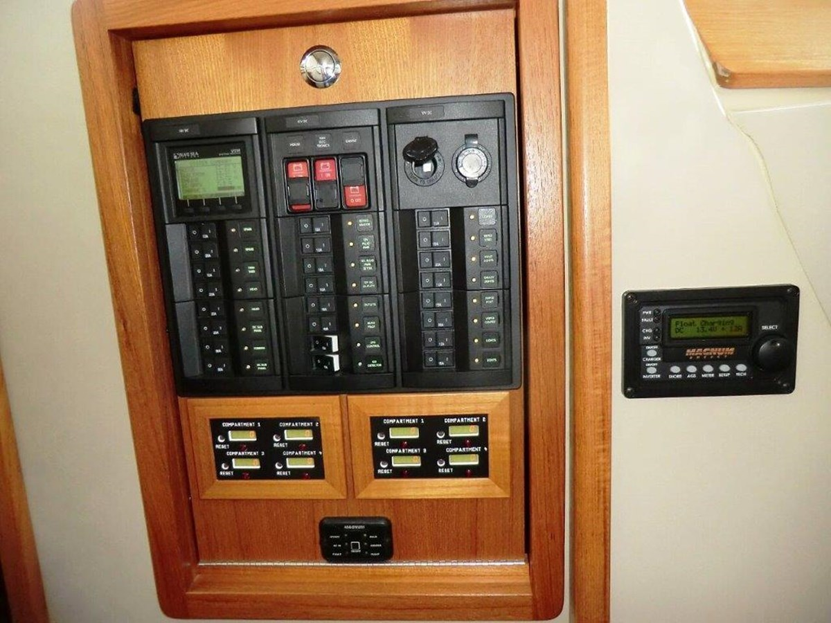 Mills Electrical Panel (2) 2016 Aspen  C120 Catamaran 2777249