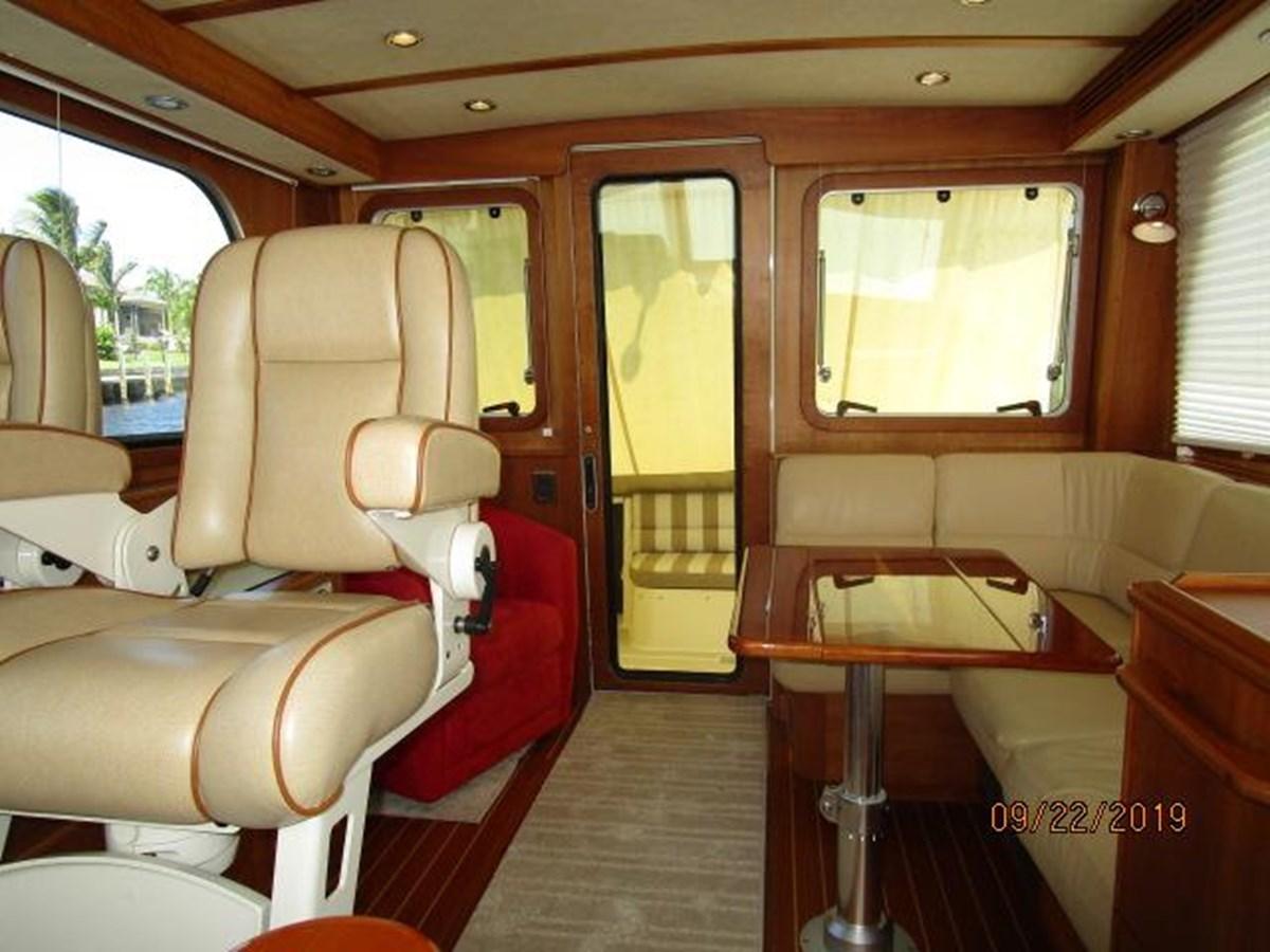 """24 2010 SABRE YACHTS """"40"""" Express Motor Yacht 2777334"""