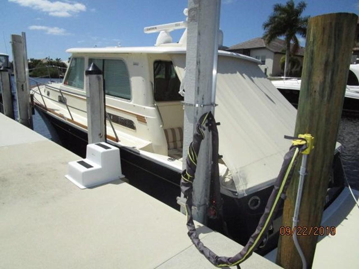 """5 2010 SABRE YACHTS """"40"""" Express Motor Yacht 2777335"""