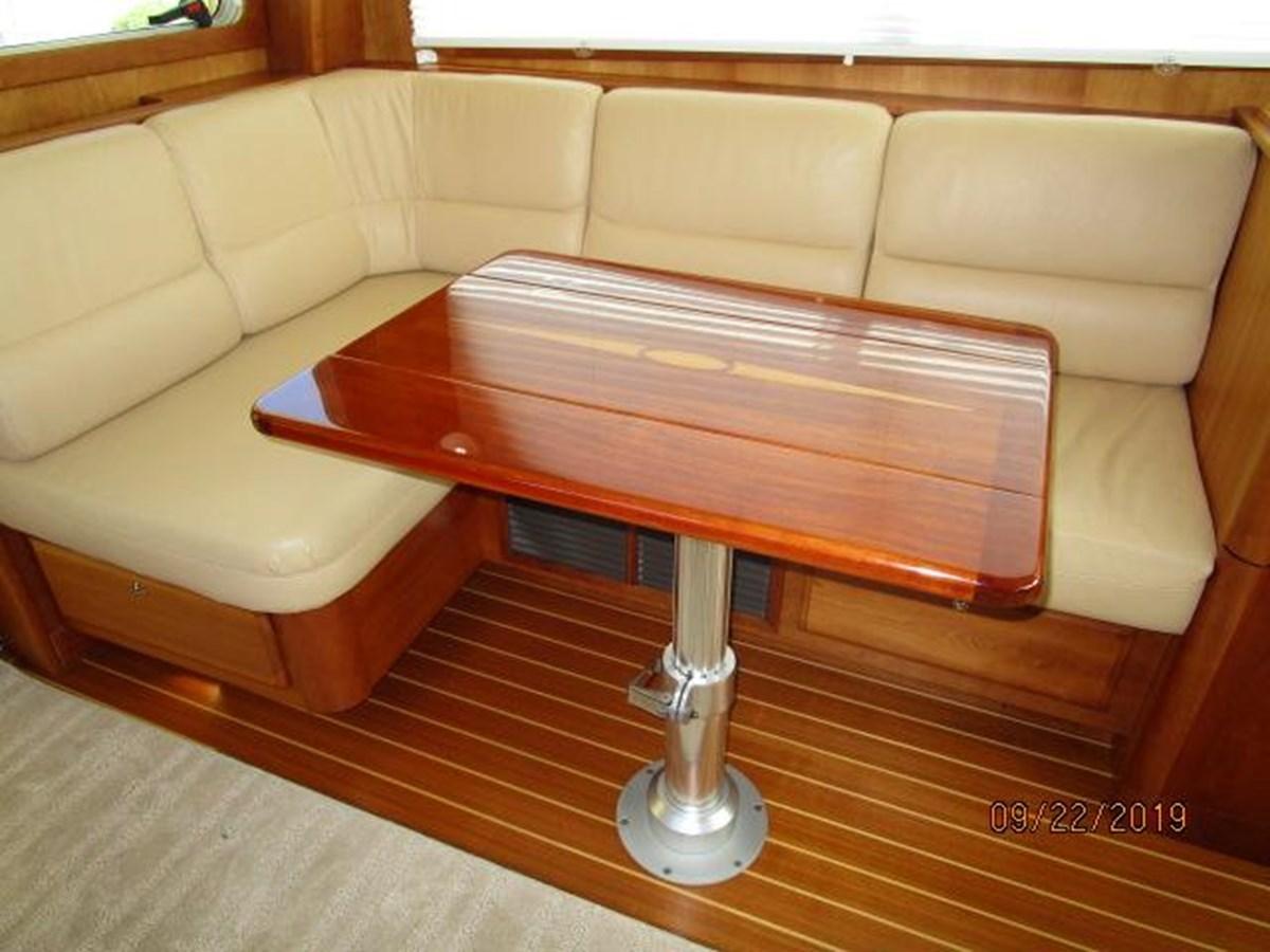 """27 2010 SABRE YACHTS """"40"""" Express Motor Yacht 2777367"""