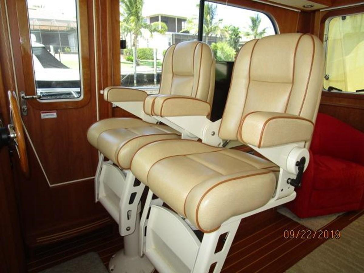 """32 2010 SABRE YACHTS """"40"""" Express Motor Yacht 2777371"""