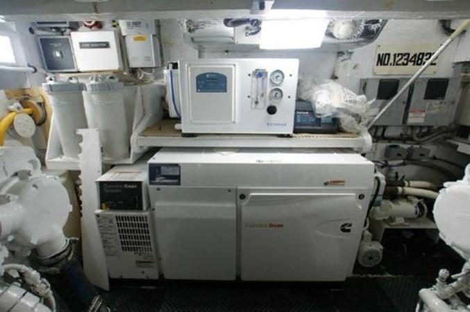 2005 FERRETTI  Motor Yacht 2796733