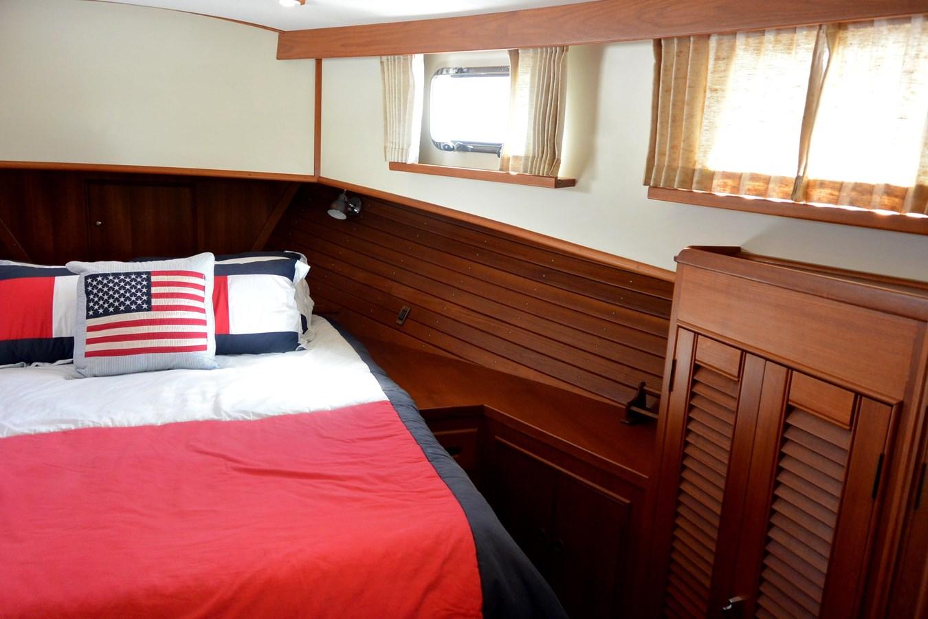 7 2002 GRAND BANKS  Trawler 2777523