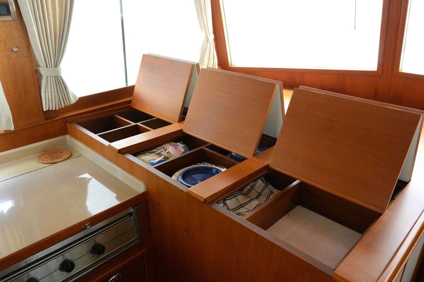 11 2002 GRAND BANKS  Trawler 2777532