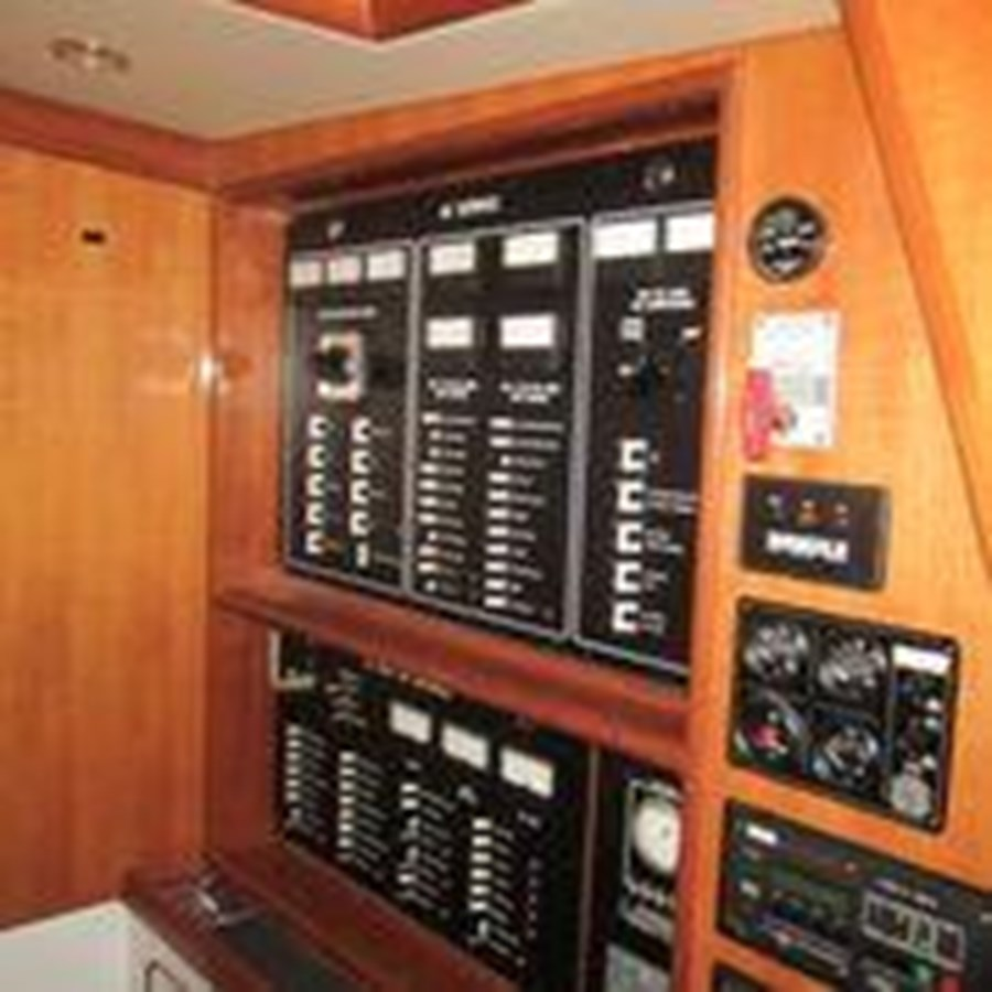 18 1999 NORDHAVN 62 Motor Yacht 2777740