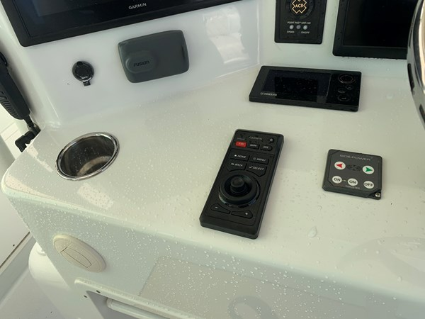 IMG_0563 2015 YELLOWFIN  Center Console 2778484