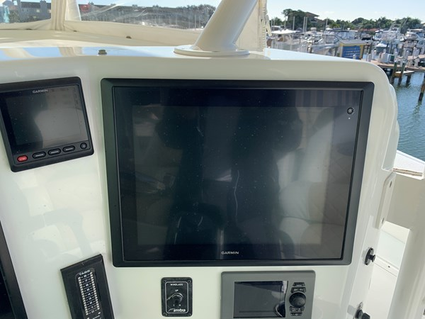IMG_0560 2015 YELLOWFIN  Center Console 2778499