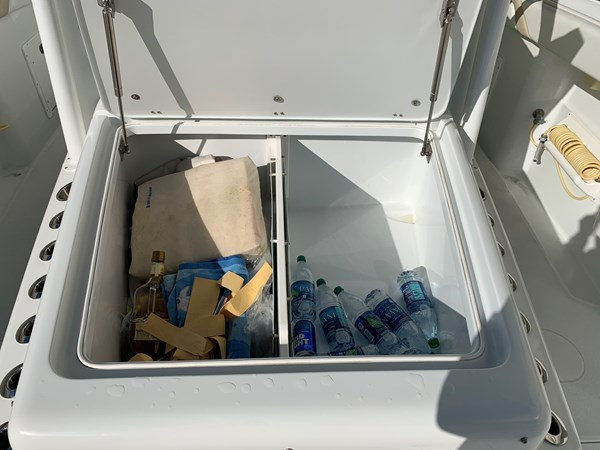 IMG_0546 2015 YELLOWFIN  Center Console 2778503