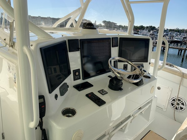IMG_0552 2015 YELLOWFIN  Center Console 2778504