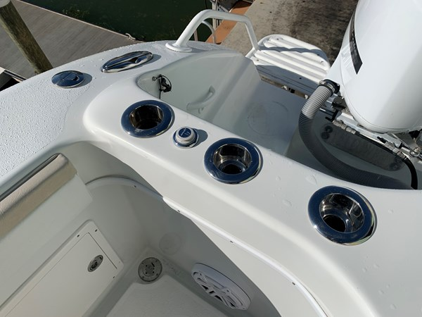 IMG_0579 2015 YELLOWFIN  Center Console 2778508