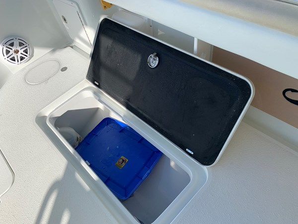 IMG_0573 2015 YELLOWFIN  Center Console 2778528