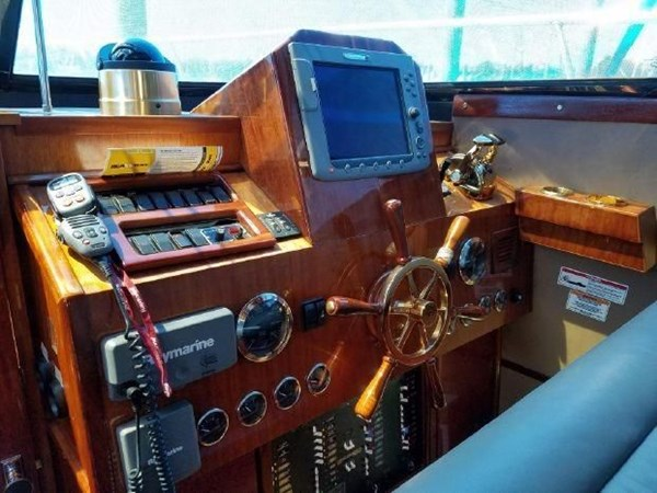 7000061_20190624201710665_1_XLARGE 2020 CUSTOM  Motor Yacht 2780165