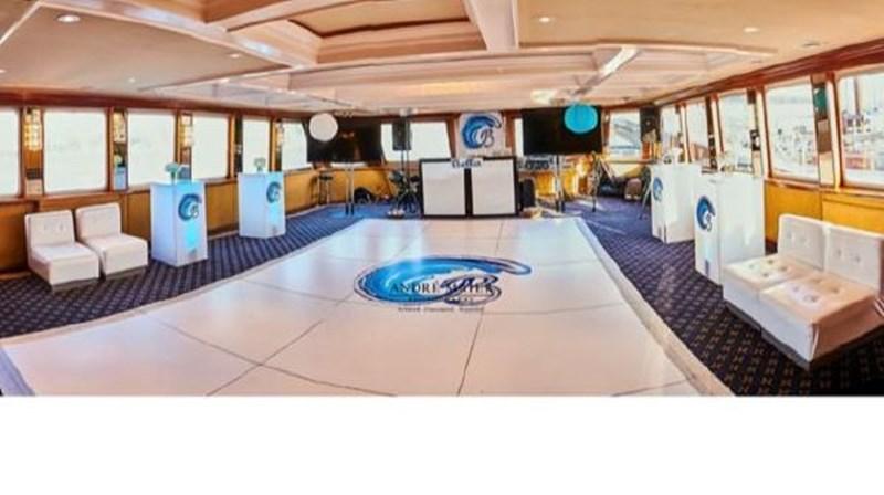 6751369_20180731214043585_1_XLARGE 1991 CUSTOM  Motor Yacht 2780214