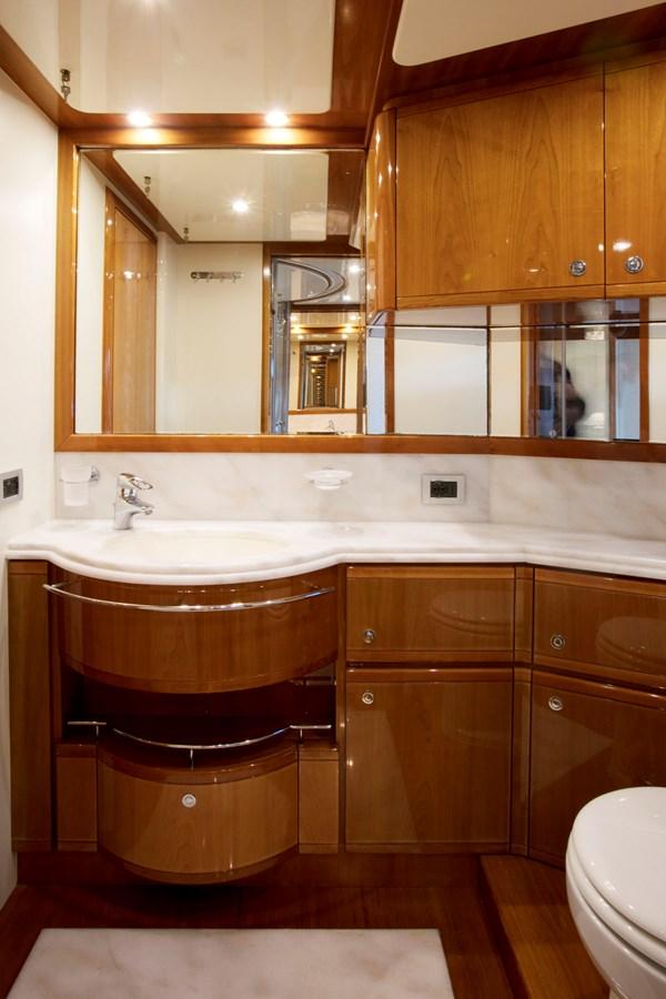 2005 FERRETTI YACHTS  Motor Yacht 2781198