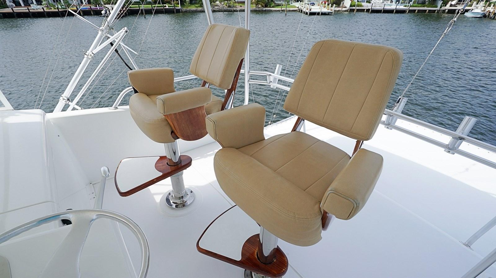 Helm Chairs 1999 VIKING  Sport Fisherman 2887318