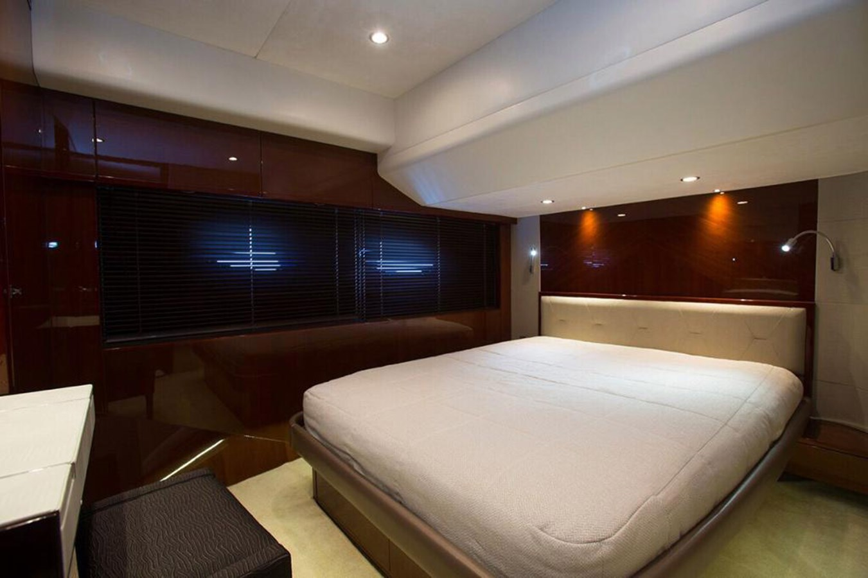 2013 PRINCESS YACHTS Princess 82MY Motor Yacht 2784030