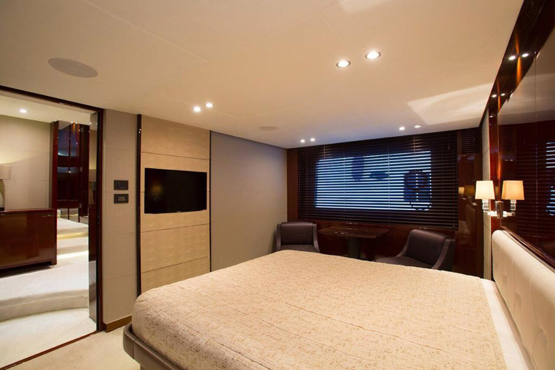 2013 PRINCESS YACHTS Princess 82MY Motor Yacht 2784039