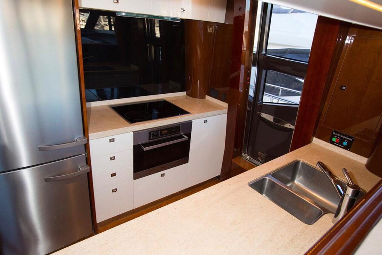 2013 PRINCESS YACHTS Princess 82MY Motor Yacht 2784041