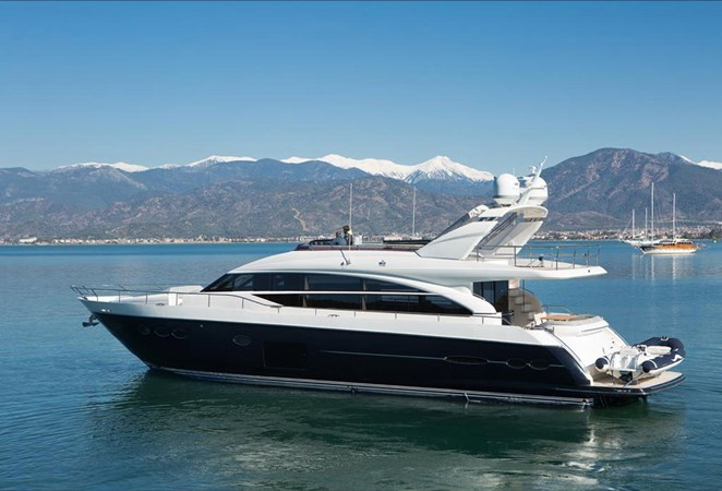 2013 PRINCESS YACHTS Princess 82MY Motor Yacht 2784025