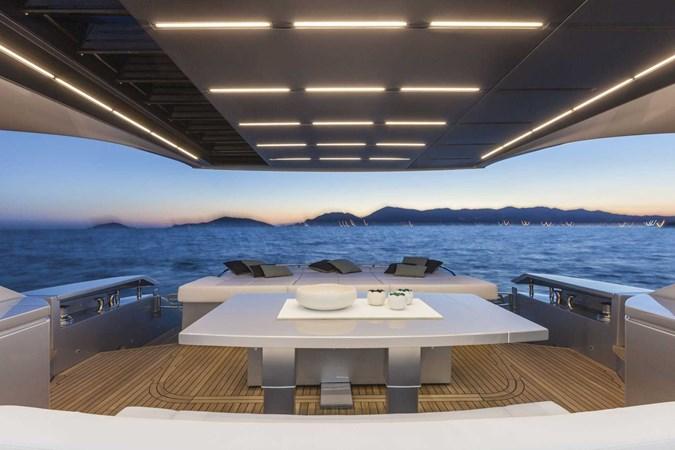 2016 PERSHING 82 Express Motor Yacht 2785731
