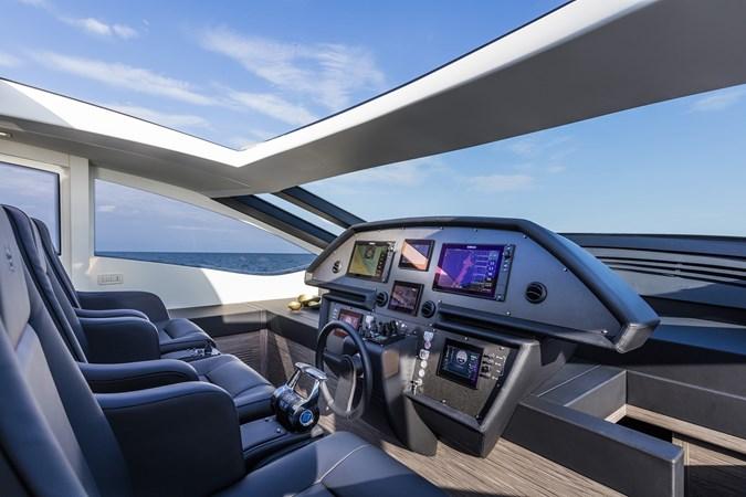 2016 PERSHING 82 Express Motor Yacht 2785733