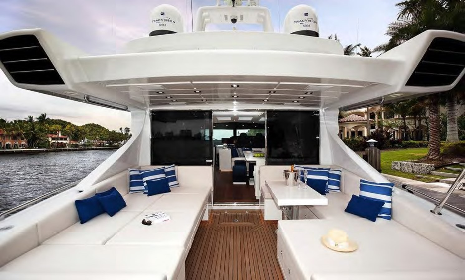2018 Overmarine Group  Motor Yacht 2790599