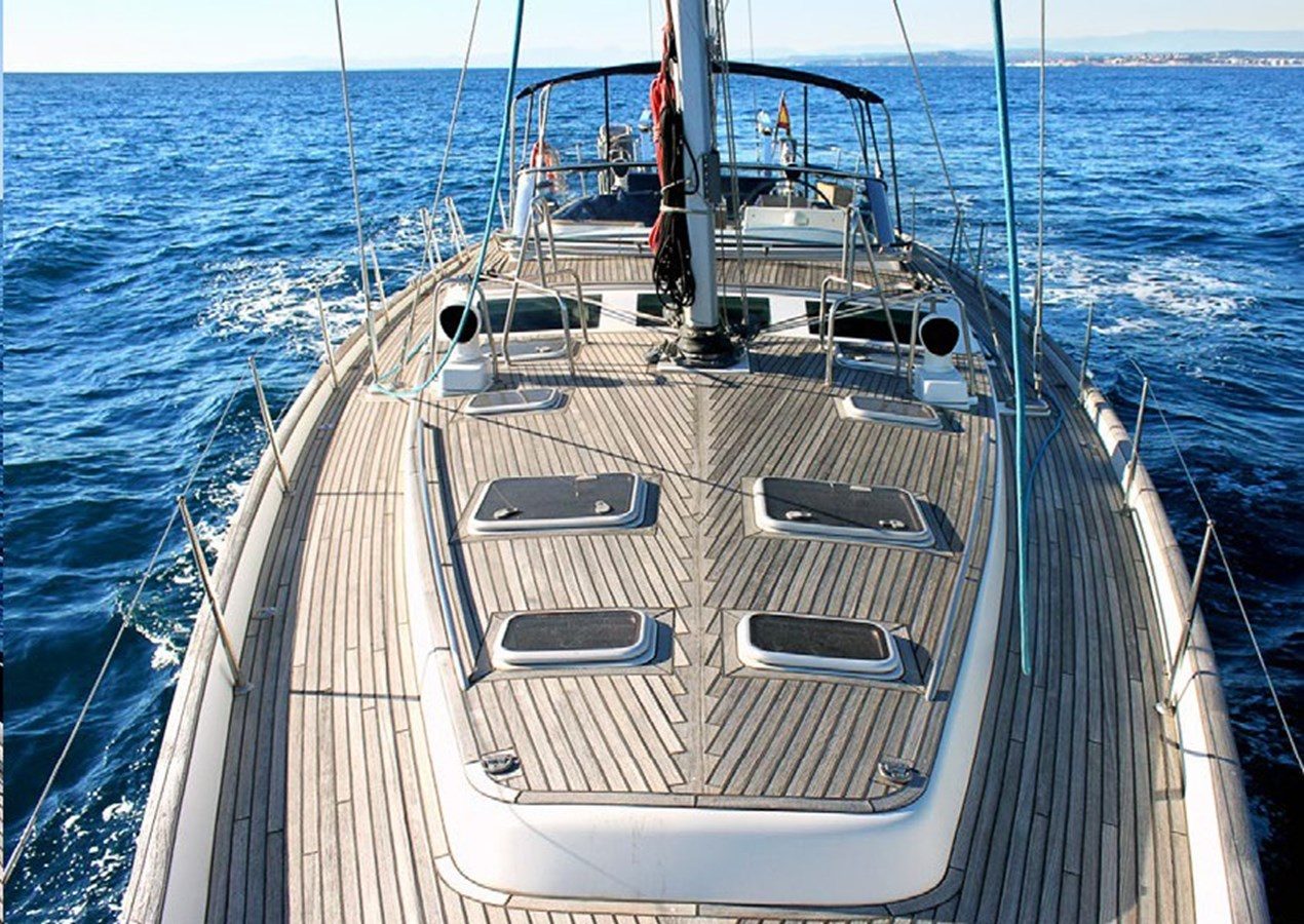 Campeon_Page_2 Pic 2 2006 BENETEAU  Cruising Sailboat 2791982