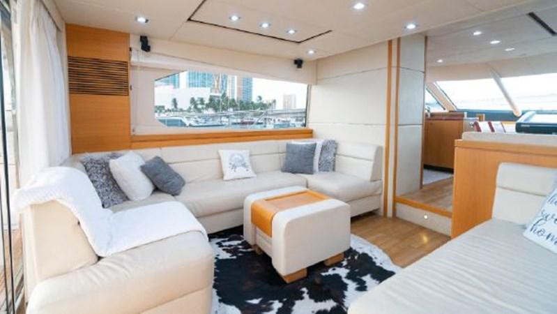 15 2011 SUNSEEKER Manhattan Motor Yacht 2795493