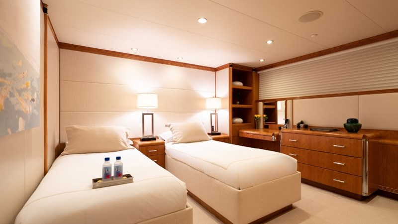 Starboard Aft Stateroom (Twin beds) 1997 CHRISTENSEN 155' Motor Yacht 2797292