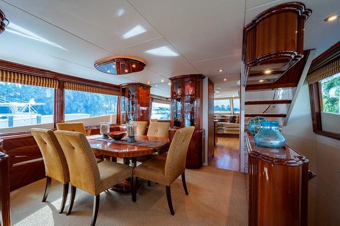 Salon 2003 LAZZARA  Motor Yacht 2803203