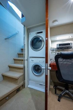 Den Laundry 2003 LAZZARA  Motor Yacht 2803224