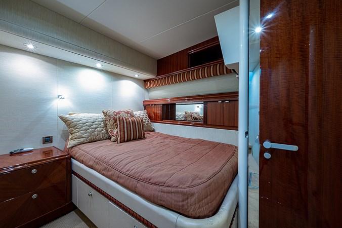 Forward Port Guest Stateroom 2003 LAZZARA  Motor Yacht 2803237