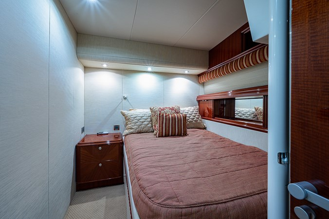 Forward Port Guest Stateroom 2003 LAZZARA  Motor Yacht 2803239