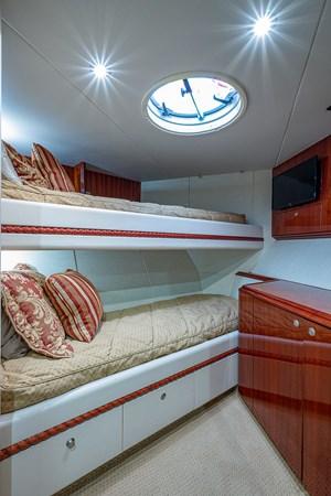 Forward Stateroom 2003 LAZZARA  Motor Yacht 2803243