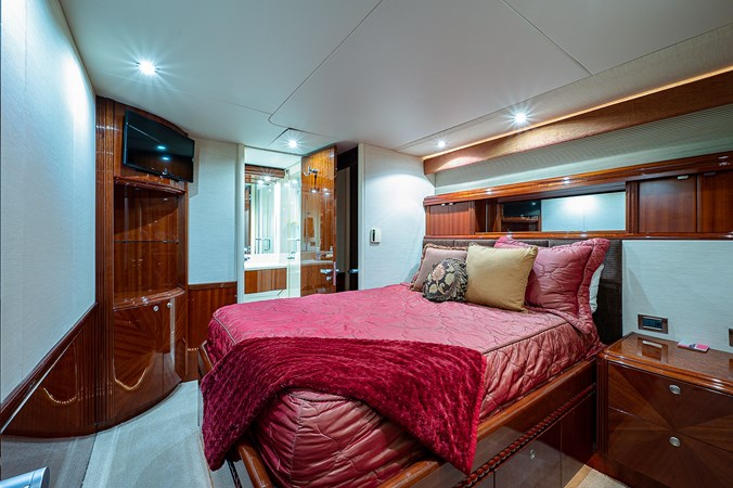 Starboard Guest Stateroom 2003 LAZZARA  Motor Yacht 2803247
