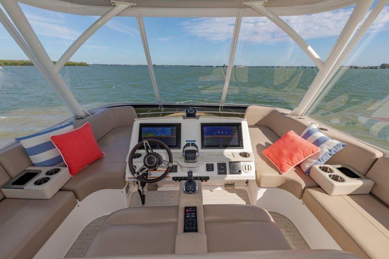 flybridge helm and seating 2017 TIARA 53 Flybridge Cruiser 2799114