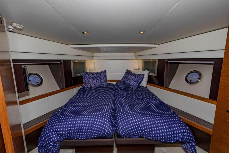 fwd VIP island queen berth 2017 TIARA 53 Flybridge Cruiser 2799118