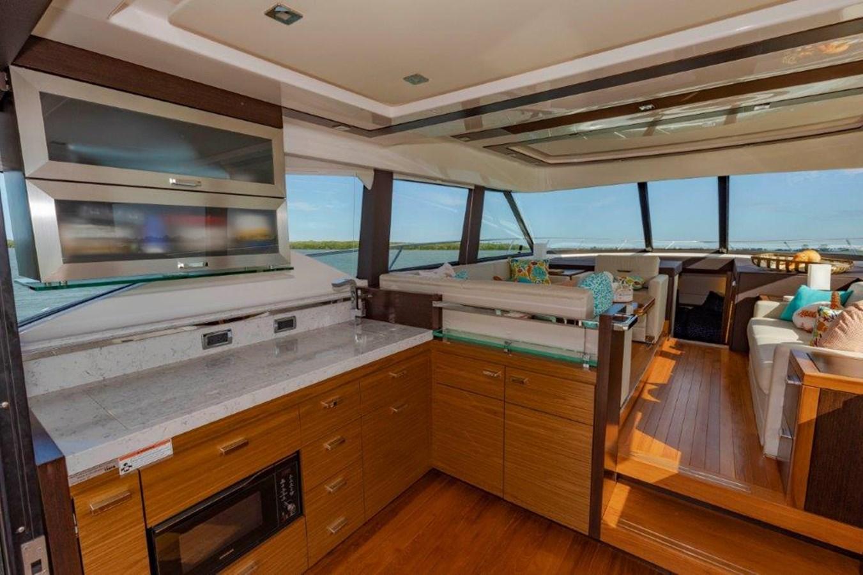 galley port w salon 2017 TIARA 53 Flybridge Cruiser 2799122