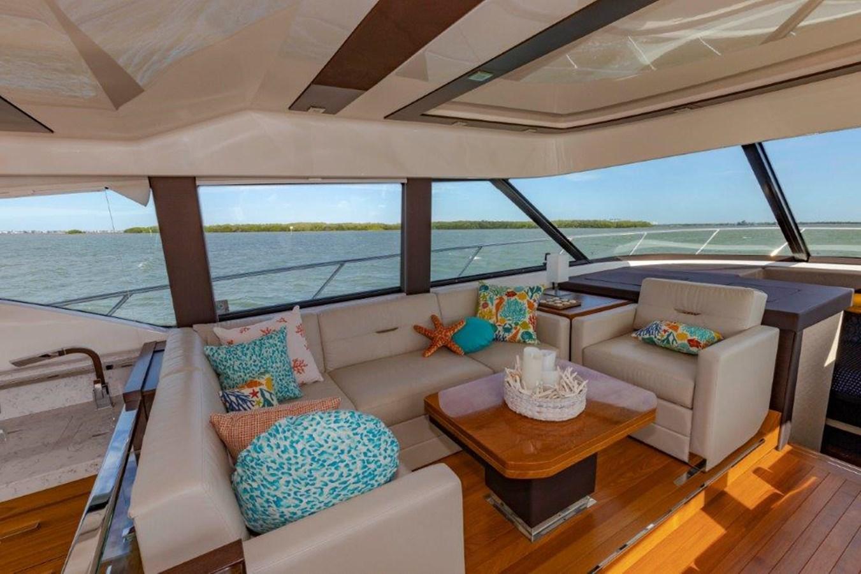 salon port 2017 TIARA 53 Flybridge Cruiser 2799142