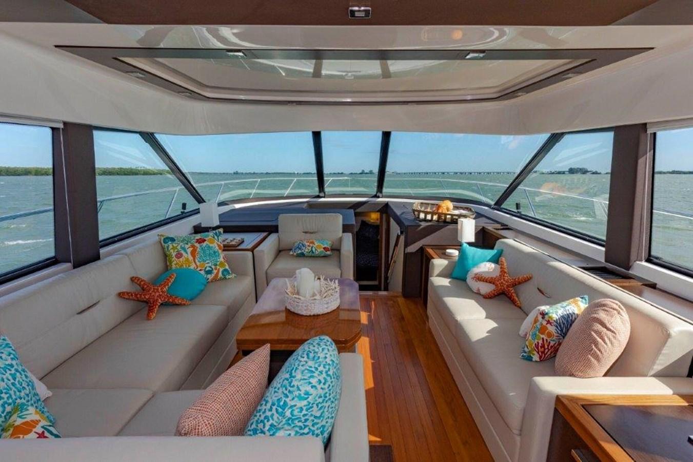 salon 2017 TIARA 53 Flybridge Cruiser 2799144
