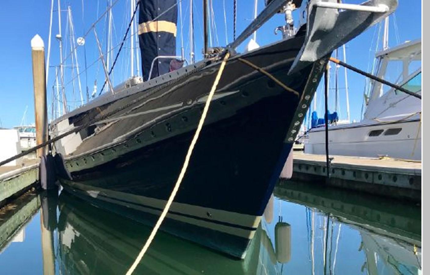 4 1984 NAUTOR'S SWAN 391 Cruising Sailboat 2799155