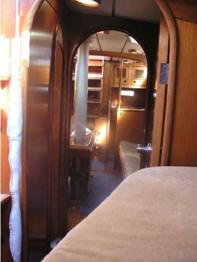 14 1984 NAUTOR'S SWAN 391 Cruising Sailboat 2799165