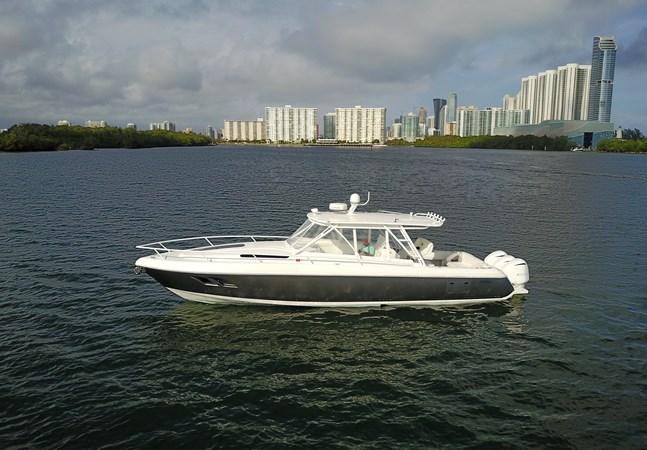 2011 INTREPID  Sport Fisherman 2801621