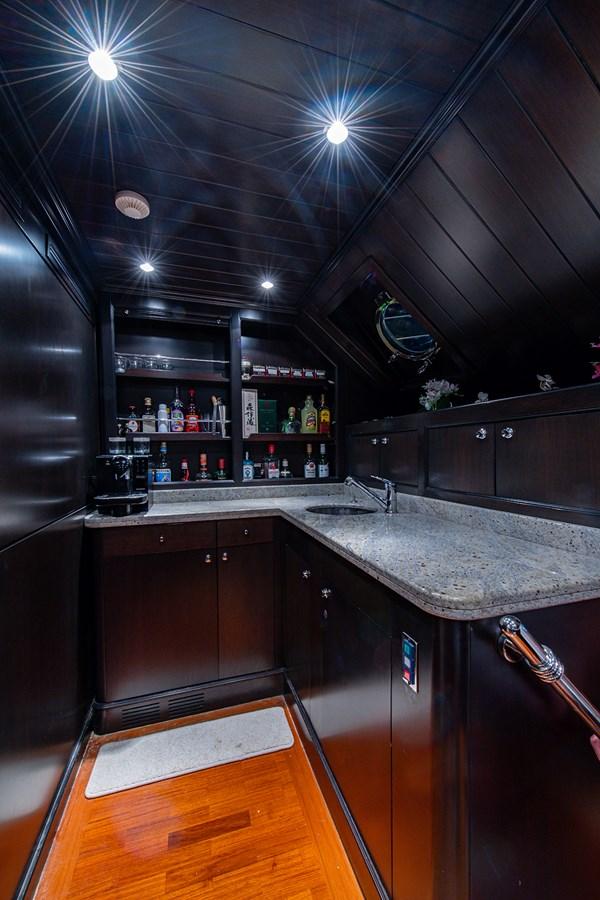Rutli E_Pilot House Bar1 2006 BENETTI  Motor Yacht 2802295