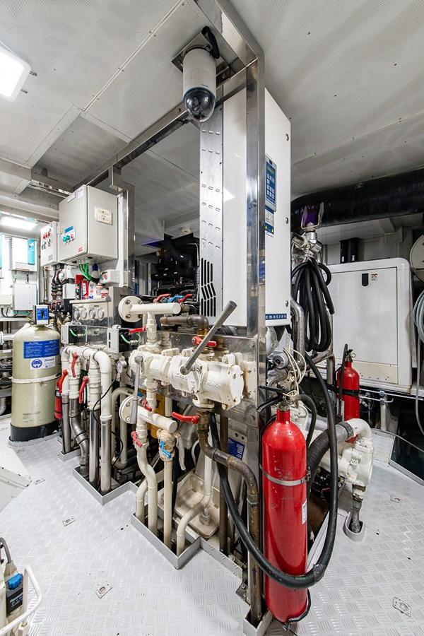 Rutli E_Engine Room10 2006 BENETTI  Motor Yacht 2802325